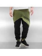 Dangerous DNGRS Spodnie do joggingu Martin oliwkowy