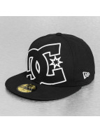 DC Fitted Cap Coverage zwart