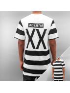 DreamTeam Clothing T-paidat F.C. musta