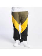 Ecko Unltd. Spodnie do joggingu Flashback oliwkowy
