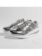 Ellesse Heritage City Runner Metallic Runner Sneakers Silvern