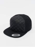 Flexfit Snapback Caps Diamond Quilted svart
