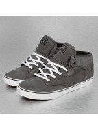 Motley Mid Skate Shoes C...