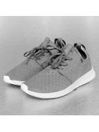 Globe sneaker Dart grijs
