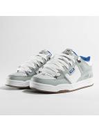 Globe Sneakers Fusion šedá