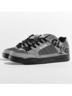 Globe Sneakers Tilt grå