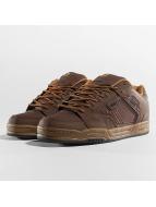 Globe Sneakers Scribe hnedá