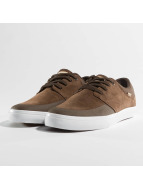 Globe Sneakers Chase hnedá
