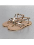 Hailys Sandaalit Janet kullanvärinen