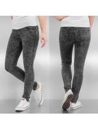 Hailys Skinny Jeans Kelly schwarz