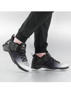 Jordan Baskets Extra Fly blanc
