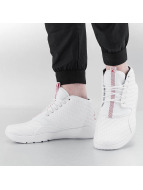Jordan Baskets Eclipse Chukka blanc