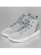 Jordan Baskets Reveal gris