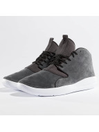 Jordan Baskets Eclipse Chukka gris