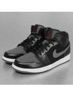 Jordan Sneaker 1 Mid Winterized schwarz