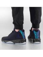 Jordan Sneaker B. Fly schwarz