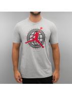 Jordan T-Shirts In Pursuit Of gri