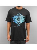 Last Kings T-skjorter King Me svart