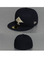 LRG Fitted Cap Back To Basics blau