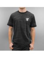 LRG T-skjorter Research Collection Playoff svart