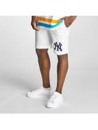 Majestic Athletic Shorts NY Yankees weiß
