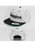 Mister Tee Snapback Caps Compton harmaa