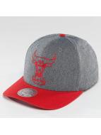 Mitchell & Ness NBA Link Flexfit 110 Chicago Bulls Snapback Cap Grey/Red
