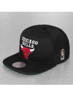 Mitchell & Ness Gorra Snapback Wool Solid II Chicago Bulls negro