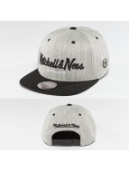 Mitchell & Ness Snapback 3-Tone Logo šedá