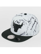 Mitchell & Ness Snapback White And Black Marble Chicago Bulls blanc