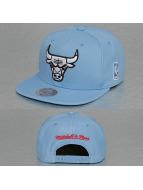 Mitchell & Ness Snapback Cap Rainbow NBA Chicago Bulls blau