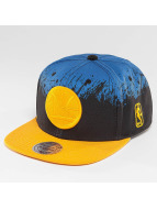Mitchell & Ness Snapback Cap Splatter Golden State Warriors blau