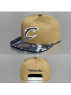 Mitchell & Ness Snapback Cap Stained Denim Earthtone Cleveland Cavaliers braun