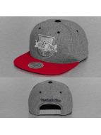 Mitchell & Ness Snapback Cap Greyton New York Red Bulls grau