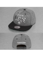 Mitchell & Ness Snapback Cap Nubuck 2 Tone Brooklyn Nets grau