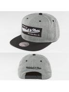 Mitchell & Ness Snapback Cap Box Logo grau
