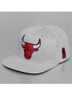 Mitchell & Ness Snapback Cap Sweat Chicago Bulls grau