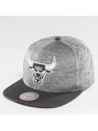 Mitchell & Ness NBA Space Knit Crown PU Visor Chciago Bulls Snapback Cap Black