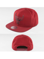 Mitchell & Ness snapback cap NBA Serve Chicago Bulls rood