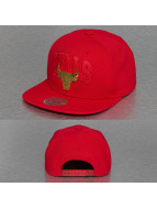 Mitchell & Ness Snapback Cap Lux Arch Chicago Bulls rot