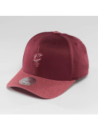 Mitchell & Ness NBA Heather 2-Tone Cleveland Cavaliers Snapback Cap Burgundy