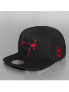 Mitchell & Ness Snapback Cap Solid Teams Siren Chicago Bulls schwarz