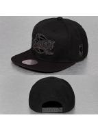 Mitchell & Ness snapback cap Lustrous Cleveland Cavaliers zwart