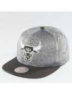 Mitchell & Ness snapback cap NBA Space Knit Crown PU Visor Chciago Bulls zwart