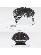 Mitchell & Ness Snapback Caps Spatter Chicago Bulls bialy