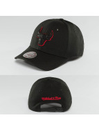 Mitchell & Ness Snapback Caps NBA Hot Stamp Contrast Chicago Bulls czarny