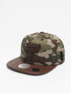 Mitchell & Ness Snapback Caps Dark Woodland Camo Chicago Bulls moro