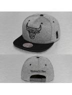 Mitchell & Ness Snapback Caps Broad Chicago Bulls szary