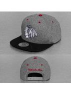 Mitchell & Ness Snapback Greyton Chicago Blackhawks gris
