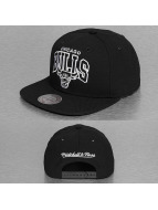 Mitchell & Ness Snapback Black and White Arch Chicago Bulls noir